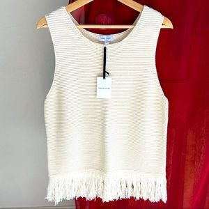 TABLE EIGHT NWT (L) fringe knit in white